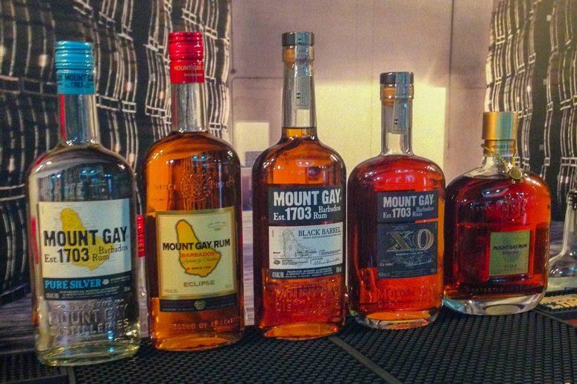 Barbados_1_Na sedežu ruma Mount Gay Rum imajo široko ponudbo