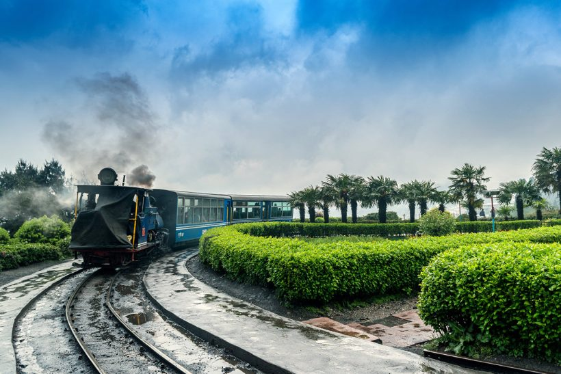 Hisa Potovanj Darjeeling Sikkim 029 Darjeeling Toy Train 2